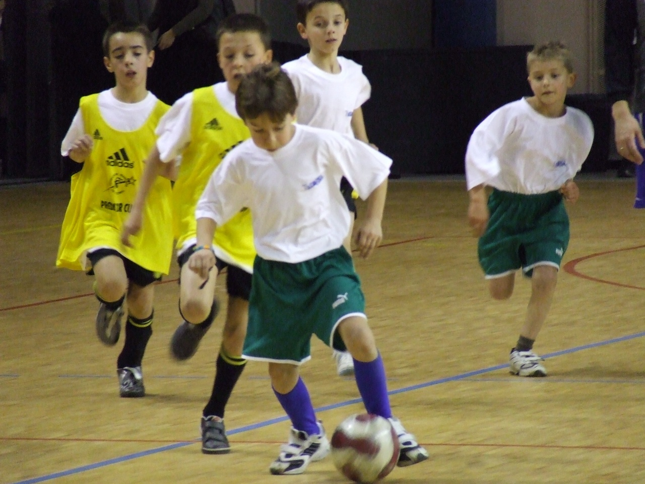 Futsal pitchouns (22)