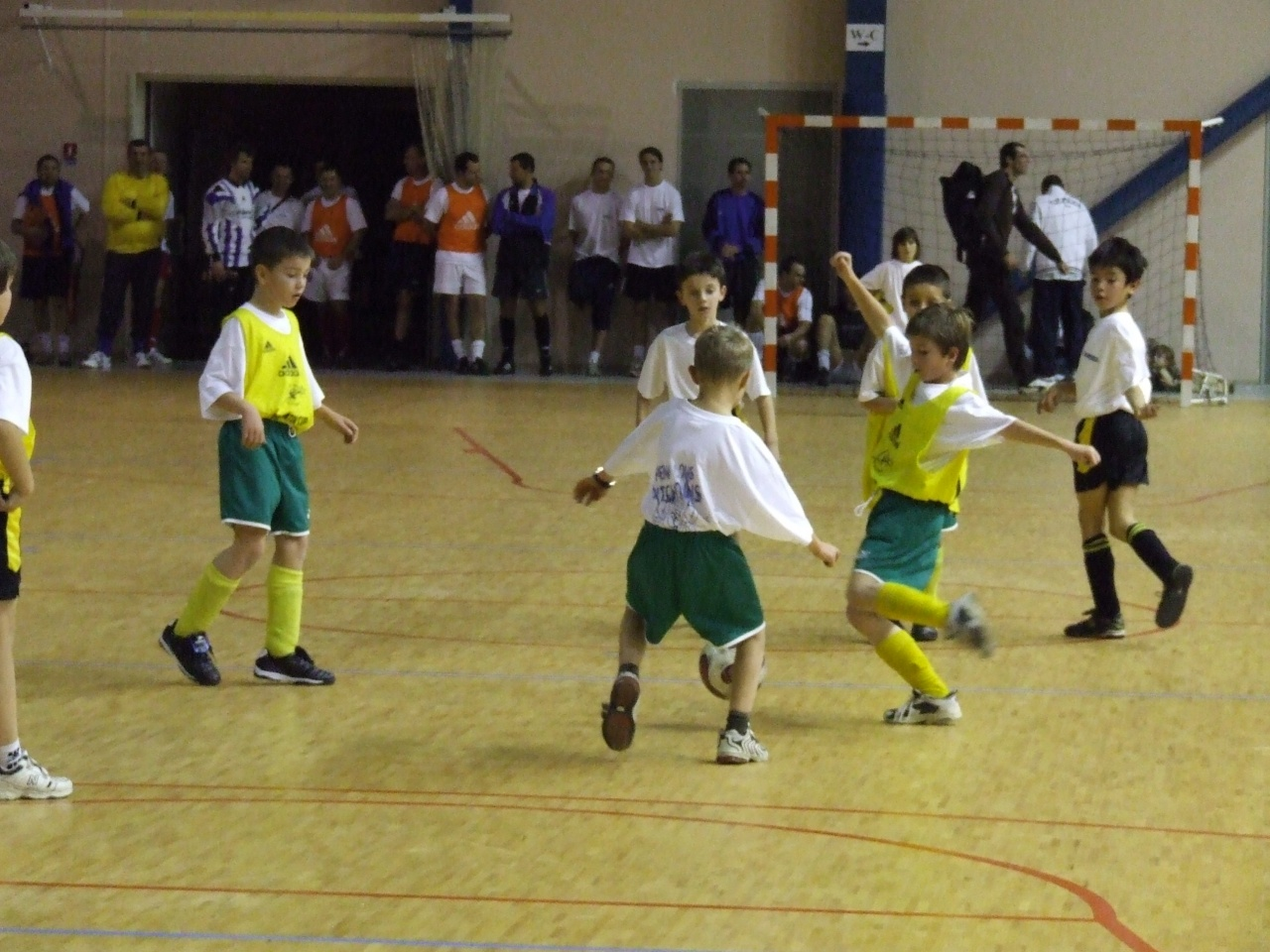 Futsal pitchouns (26)